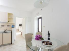 Hotel photo: apartments maria koločep - two bedroom apartment with terrace and garden view