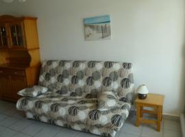 Hotel photo: Studio With Sea View In Residence With Swimming Pool 44