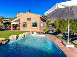 Hotel photo: Caldes d'Estrac Villa Sleeps 8 Pool WiFi