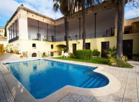Hotel photo: Llorenc del Penedes Speciality Sleeps 30 Pool WiFi