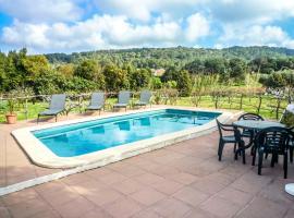 Hotel photo: Fornells Villa Sleeps 4 Pool WiFi