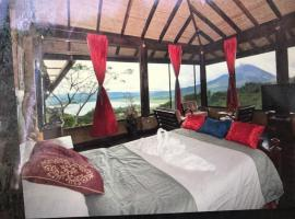 A picture of the hotel: Birdsong Villa