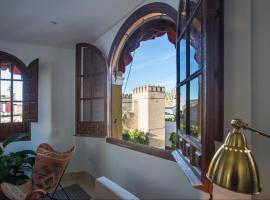 Hotel Foto: Catedral de Sevilla by KEYWii