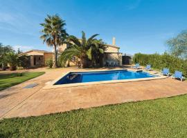 מלון צילום: es Barcares Villa Sleeps 4 Air Con WiFi