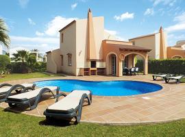 Hotel photo: Cala Blanca Villa Sleeps 6 Air Con WiFi