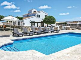 Hotel photo: Alaior Villa Sleeps 8 Air Con WiFi