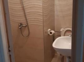 Hotel photo: Un appartement bien meuble et tres accessible