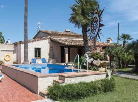 Hotel fotografie: es Barcares Villa Sleeps 6 Air Con WiFi