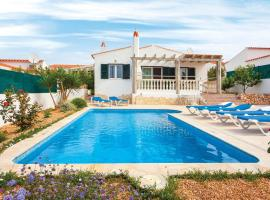 ホテル写真: Cala en Porter Villa Sleeps 6 Air Con WiFi