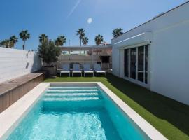 Hotel photo: Maspalomas Villa Sleeps 2 Pool Air Con WiFi