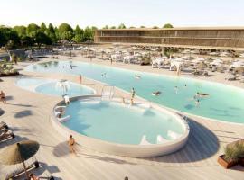 Hotel photo: Ca Grande Pineda Apartment Sleeps 5 Pool Air Con