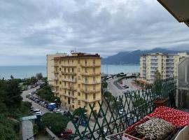Hotel photo: Casa SALERNO TOP