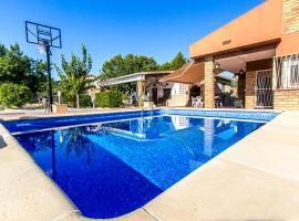 ホテル写真: els Pallaresos Villa Sleeps 9 Pool WiFi