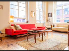 Hotel photo: Sundrenched Tribeca Loft