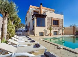 A picture of the hotel: Luxury and Modern Villa with pool