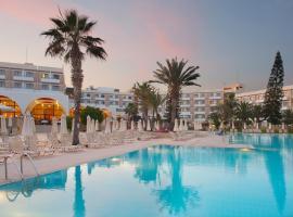 Hotel photo: Louis Phaethon Beach