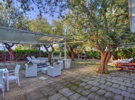 Hình ảnh khách sạn: Marina di Puolo Villa Sleeps 4 Air Con WiFi