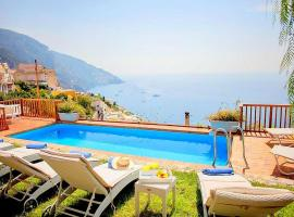 酒店照片: Positano Villa Sleeps 8 Pool WiFi