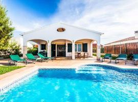 Hotel photo: Cap d'Artrutx Villa Sleeps 6 Pool Air Con WiFi