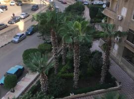 होटल की एक तस्वीर: شقه فندقيه في مدينه نصر