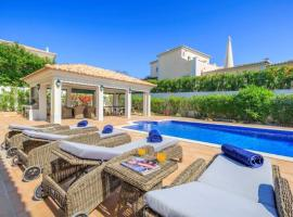 Hotel photo: Almancil Villa Sleeps 10 Pool Air Con WiFi T607909