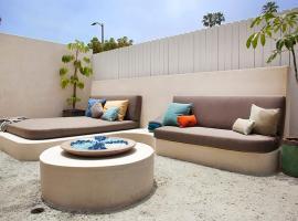 A picture of the hotel: Applewood Suite - Luxury Villa Venice Beach Boardwalk