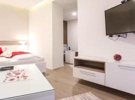 A picture of the hotel: Old Town Luxury Apartments