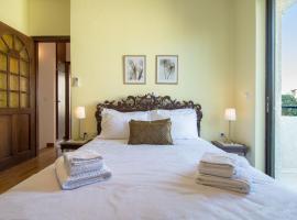 """酒店照片: """"Relax & Unwind"""" 2bdr maisonette in Athenian Riviera"""