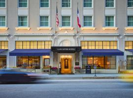 A picture of the hotel: The Lancaster Hotel
