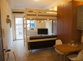 Hotel photo: Snugly playful studio in the heart of Thessaloniki