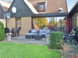 Hotel photo: Four-Bedroom Holiday Home in Hollviken