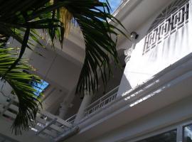 Hotel near Гонаив