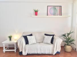Hotel photo: Cosy apartment in Arrecife centre ·Casa Mitxe·