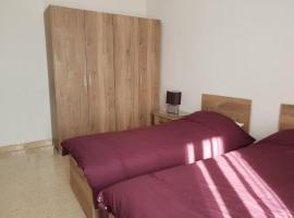 Foto di Hotel: Centrally Located Spacious 3 Bedroom Apt.