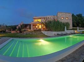 Hotel photo: Bahia de San Antonio Villa Sleeps 12 Pool WiFi