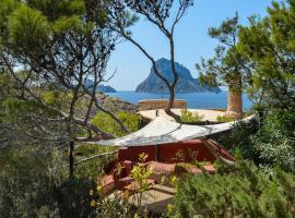 Hotel photo: Cala Vadella Villa Sleeps 4 Pool WiFi