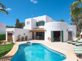 Hotel photo: Cala d'Or Villa Sleeps 8 Pool Air Con WiFi