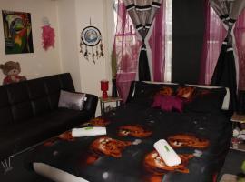 Hotel photo: Tinush vendeghaz