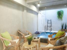 Hotel photo: Vann House Hua Hin