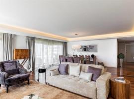 호텔 사진: Luxury 3-bedroom apartment