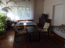 מלון צילום: 2 private room - 3 bed - Family house - Buda side