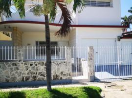 Hotel photo: Casa de lujo en el mejor barrio de la Habana