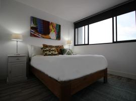 Hotel photo: 136 Independnce 77