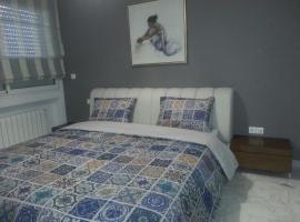 Hotel Foto: Tout confort très bien situé