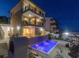 Hotel photo: Apartment Rastici 16248a