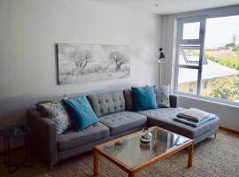 호텔 사진: Modern 1Bedroom Apartment in Gardens with Table Mountain Views