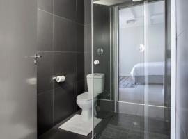 호텔 사진: Luxury Suites Apartment