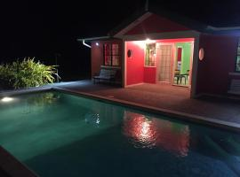 Foto do Hotel: Tropical home with swimming pool