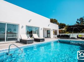 Hotel photo: Calpe Villa Sleeps 6 Pool Air Con WiFi