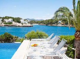 Hotel Photo: Cala Egos Villa Sleeps 11 WiFi